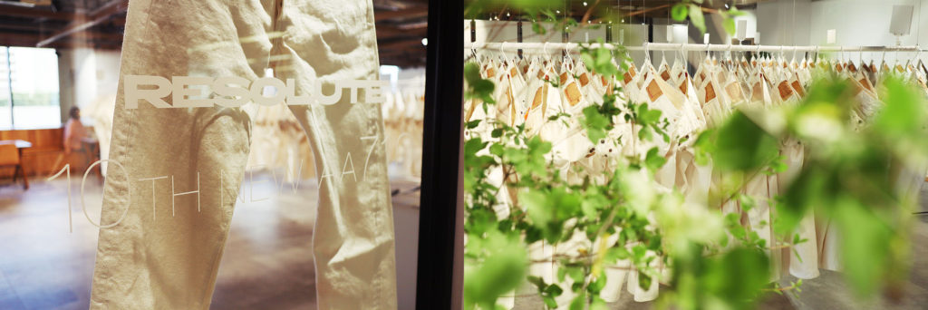RESOLUTE(リゾルト)10周年記念ホワイトジーンズ