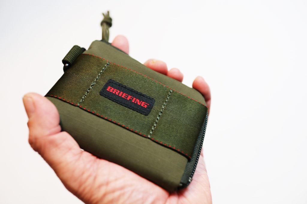 ブリーフィング財布